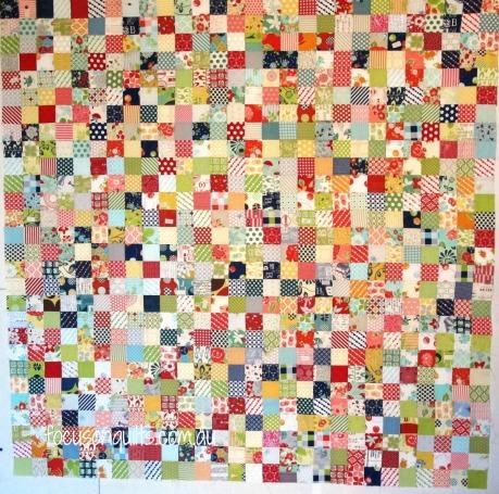 focus on quiltspostage stamp quilt